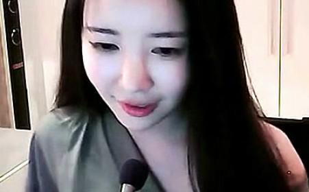 热舞派对2014女包_「视频」韩国最新女主播艾琳吃葡萄视频 - 六星网